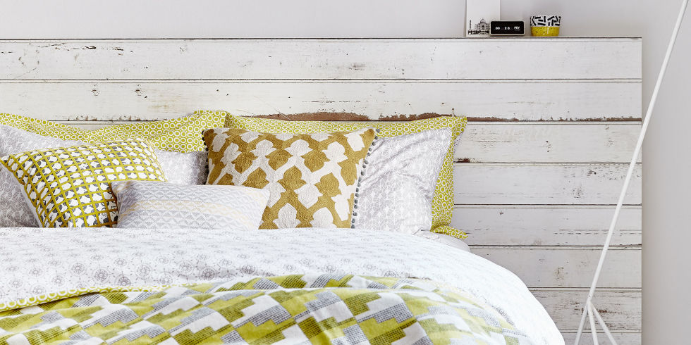 white-and-yellow-bedroom