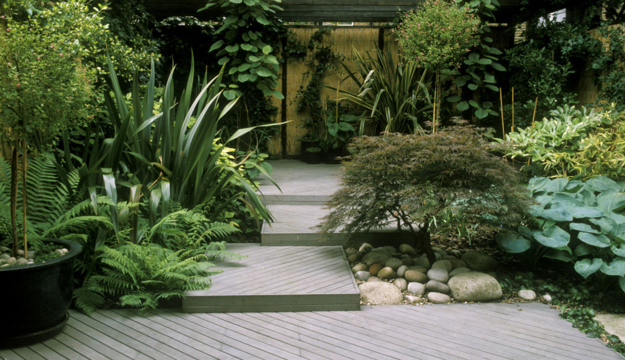 how-to-clean-decking-patio
