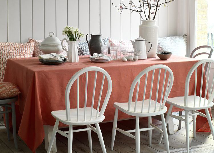 spring-decorating-dining-table