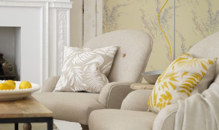spring-decorating-armchairs