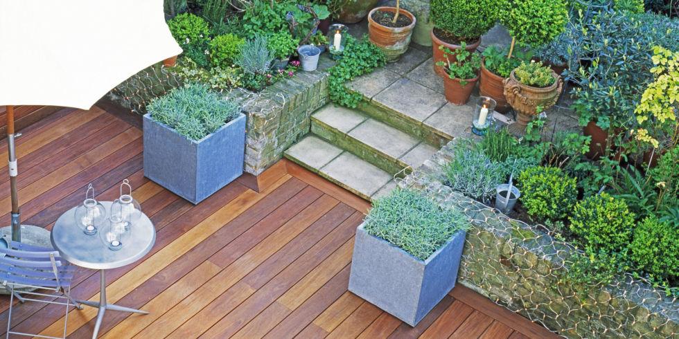 garden-decking-overhead