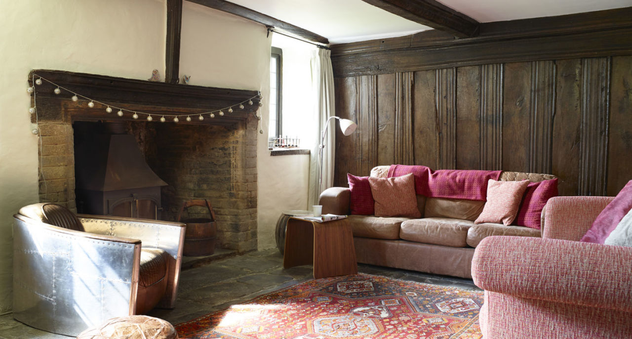 tudor-house-living-room