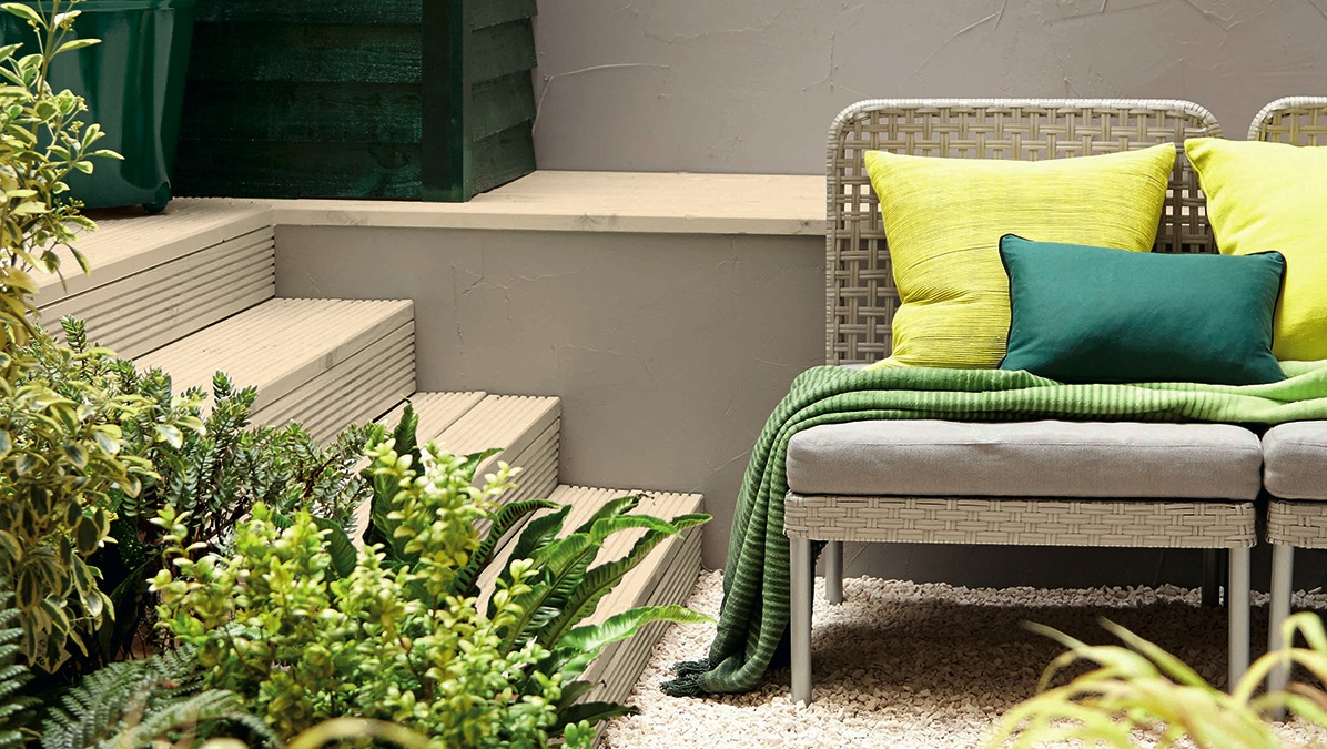 Garden Furniture Colours colour confident: outdoor space and gardens