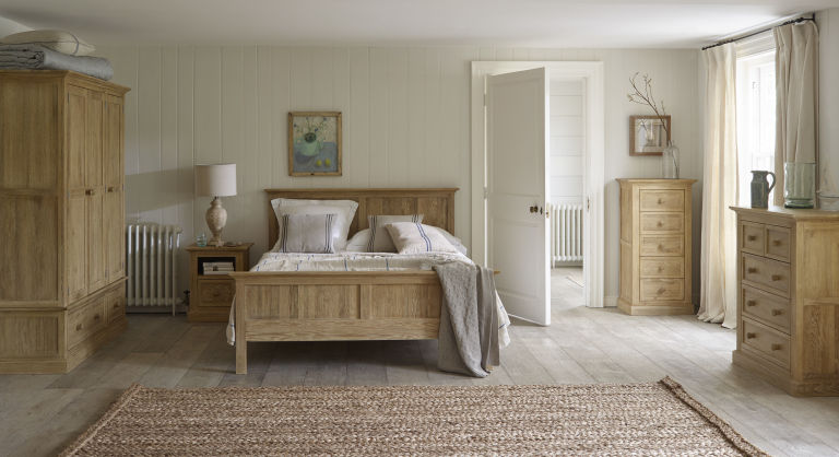Oak Furniture Land Coastal French Washed Solid Oak 4ft 6