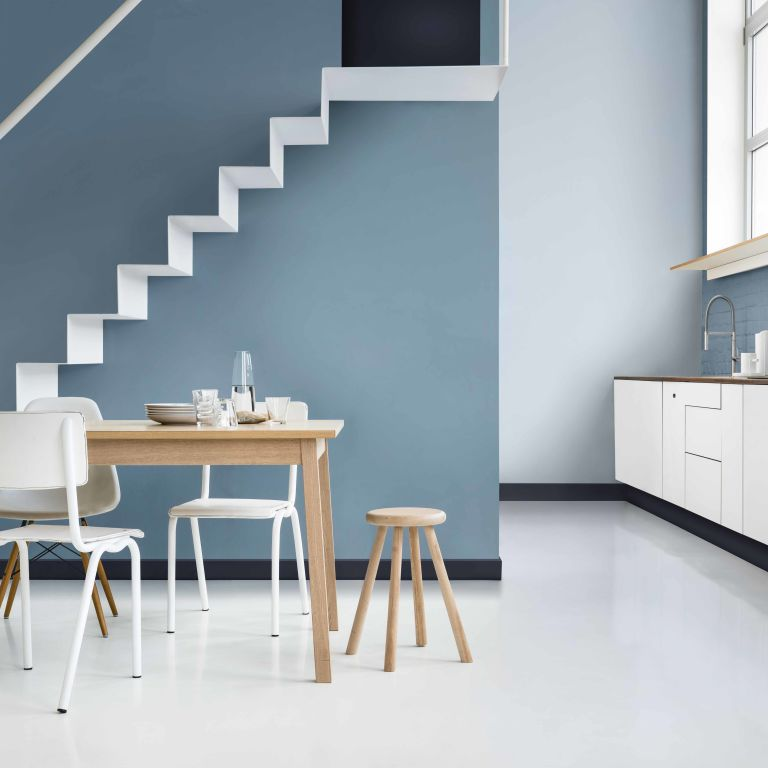 Denim Drift Named As Dulux 39 S 2017 Colour Of The Year