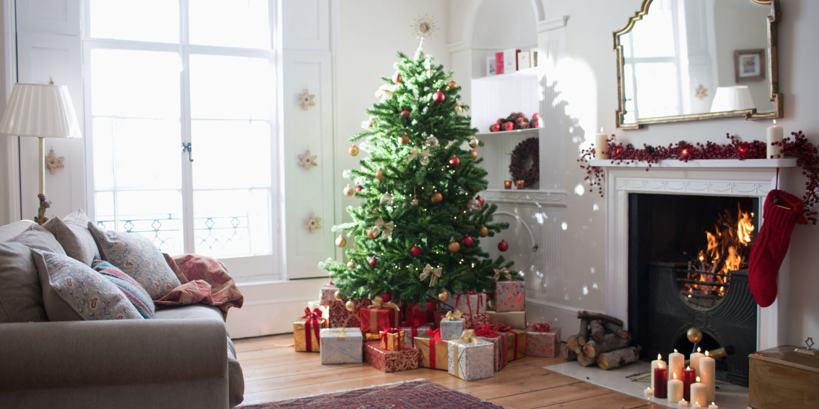 7 Ways To Get Your Home Sparkling Clean This Christmas