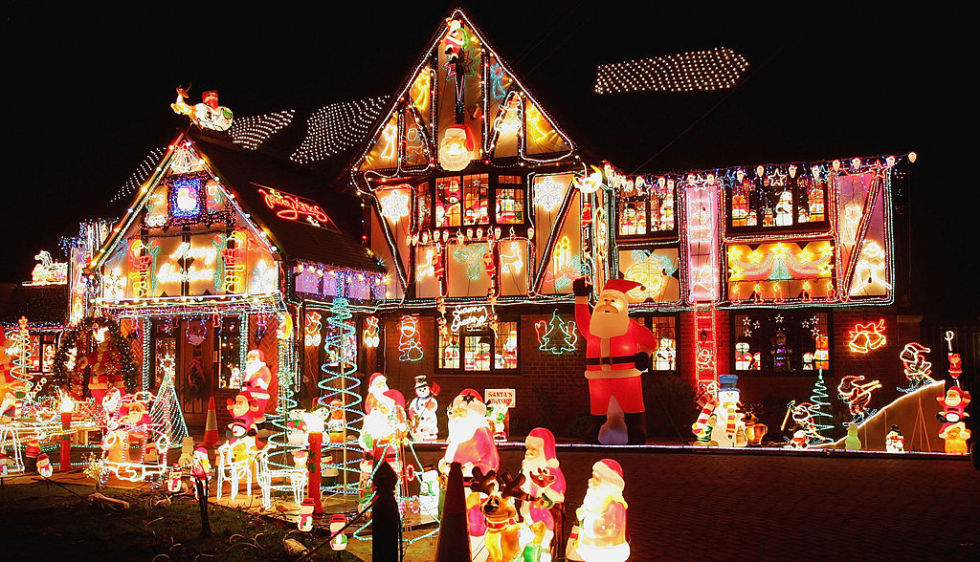 the most extravagant christmas house lights from all over the world - Christmas Decorations Lights