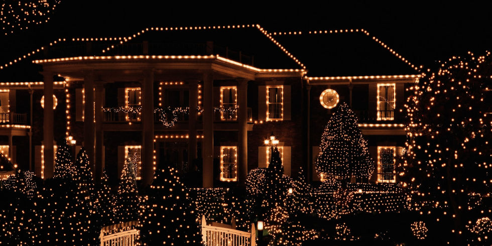 1 in 10 of us leave our Christmas lights on all year round