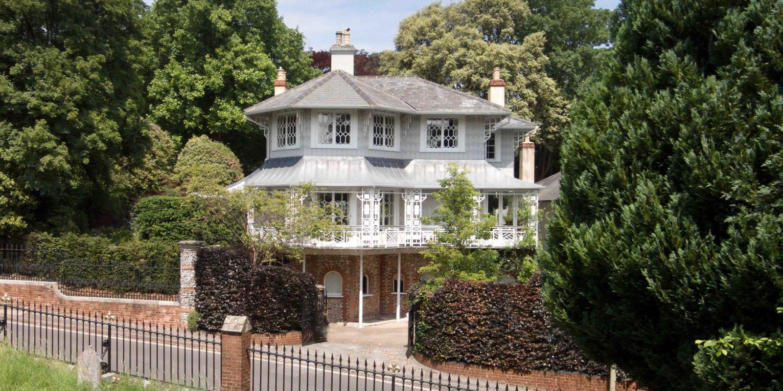 Property of the week this grade ii listed house in for Pagoda house plans