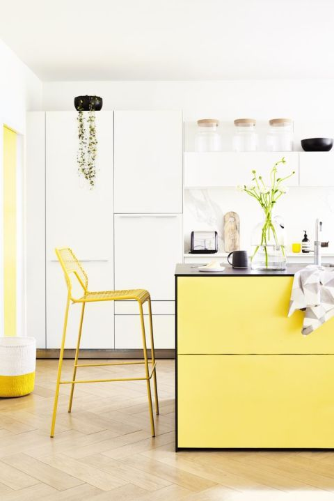 1 Bold, Vibrant Colour Schemes
