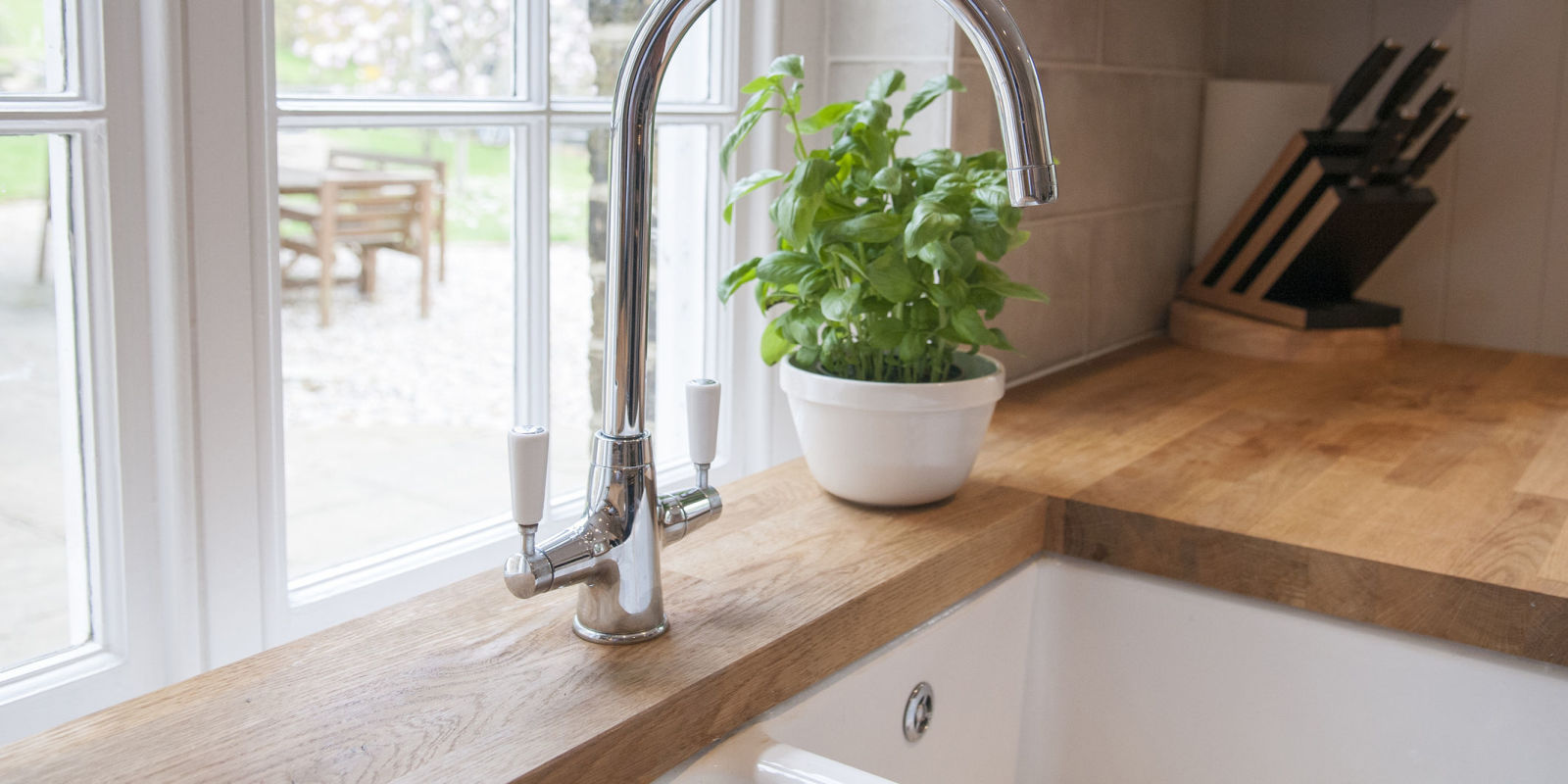 How to revive wooden kitchen worktops How to clean wooden kitchen worktops