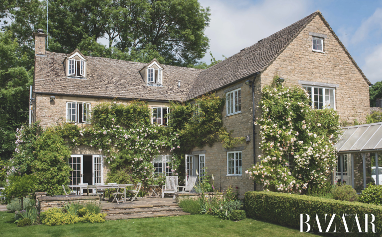 Samantha Cameron Welcomes Harpers Bazaar Inside Her Idyllic Cotswolds Home