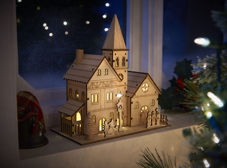 Wilko Nordic Country Ornament Wooden Light Up Church Battery Operated