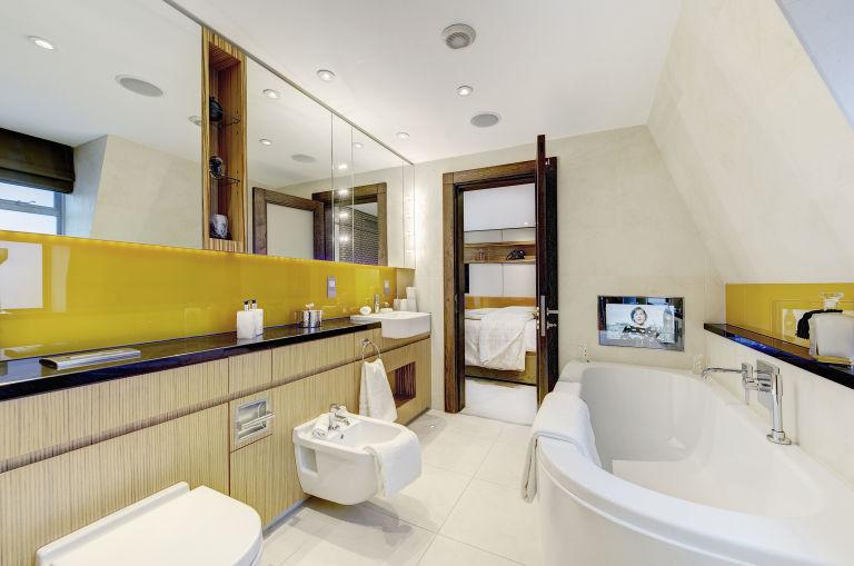 38 Shepherd Street   Mayfair   Bathroom   Pastor Real Estate